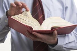 Un employeur peut-il, sans concertation, déplacer un soignant d'un service à un autre ?