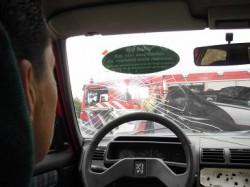 Insolite : Accidenté de la route ? Regardez cet autocollant...