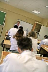 Formation DPC Les infirmiers devront mettre à jour leurs connaissances tous les ans
