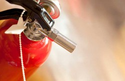 infirmière extincteur incendie hôpital