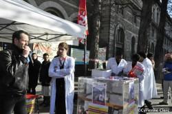 Manifestation contre la fermeture des urgences à l'Hôtel-Dieu