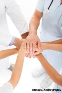 Les infirmiers aussi veulent racheter leur clinique en coopérative