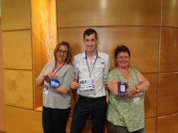 """Andrew, Anne-Marie et Lesley, infirmiers à l'hôpital du district Nord-Ouest de Glasgow et militants au collectif du """"Yes""""."""