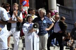 © Claire Dubois Conférence de presse du comité contre la fermeture de l'Hôtel Dieu, lundi 2 septembre 2013.