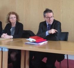Martin Hirsch, directeur général de l'AP-HP, et Véronique Marin La Meslée, directrice de l'IFSI de la Pitié-Salpêtrière, ce lundi 12 janvier