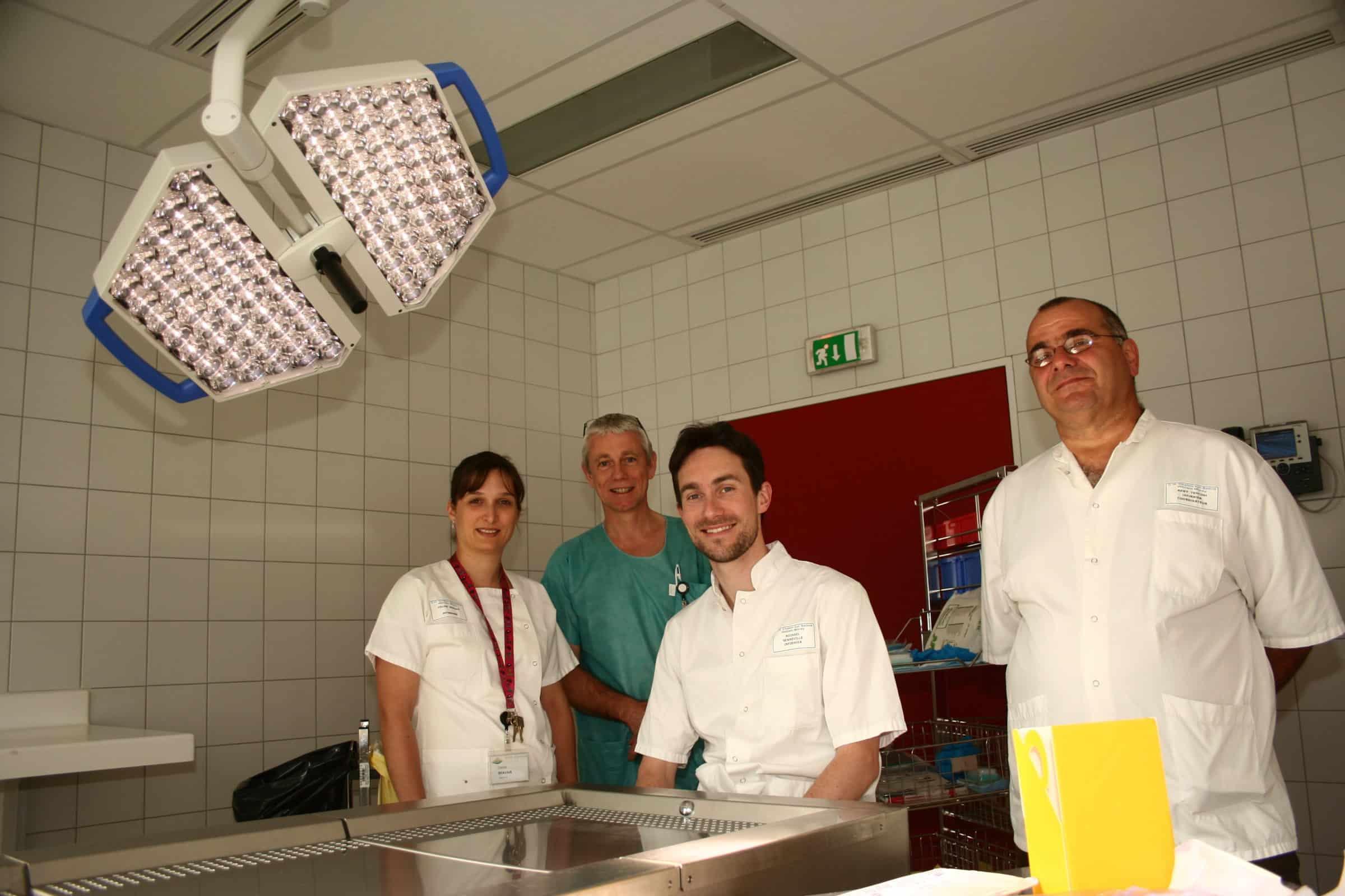 Des greffons pr lev s par des infirmiers actusoins actualit infirmi re - Chambre mortuaire hopital ...