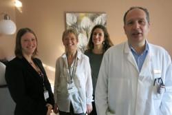 De gauche à droite : Camille Obry, référente administrative du projet, Catherine Bouquet, directrice des soins, Emilie Vaquette, infirmière de coordination, et le Docteur Michel Gozy, coordinateur médical du projet et cancérologue.