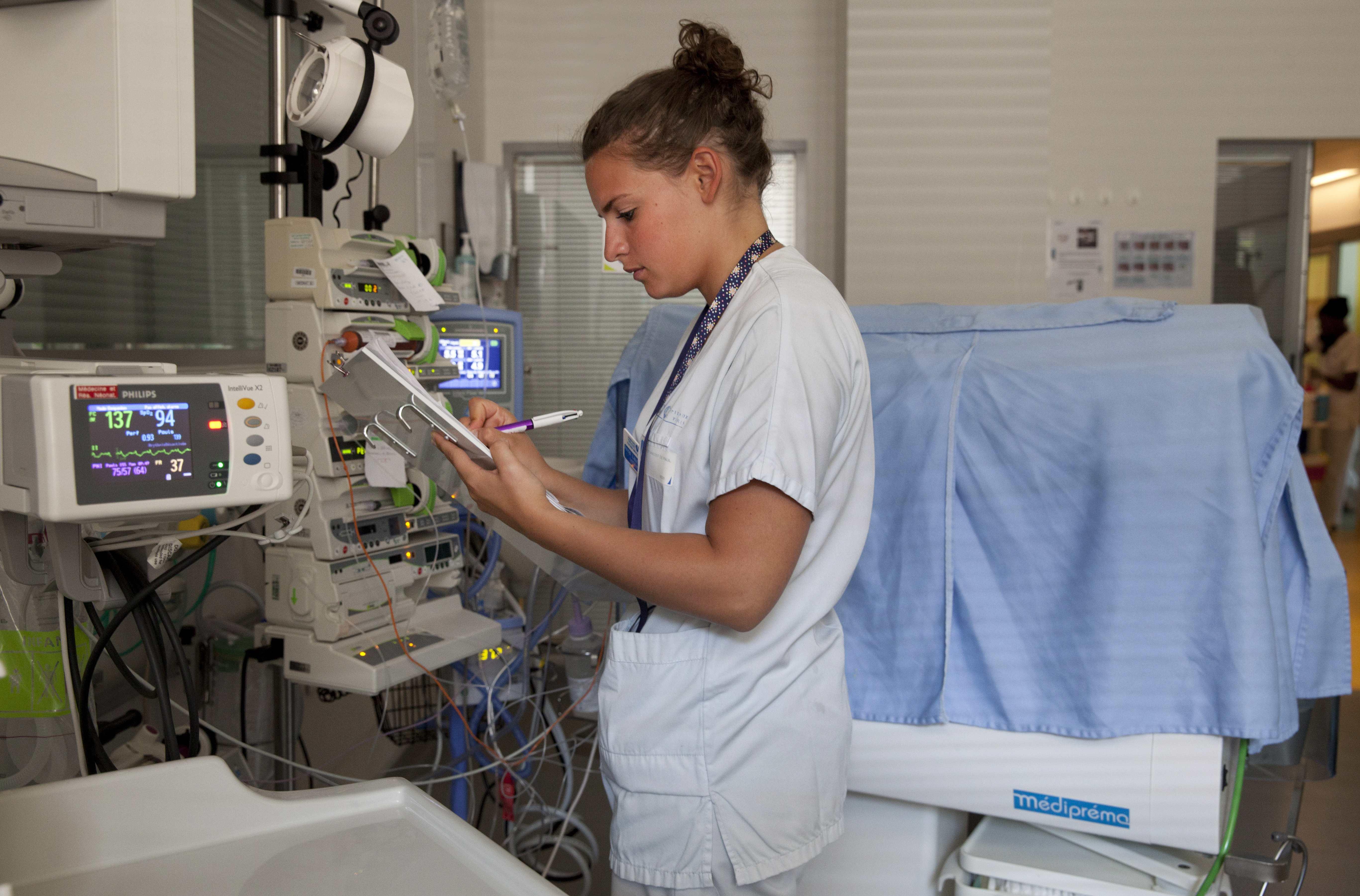 Pr mas aux petits soins dans un cocon for Chambre de soins intensifs en psychiatrie