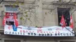 Réforme du temps de travail : les syndicalistes envahissent le siège de l'AP-HP