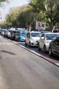 Infirmières libérales : Vers 14h, le cortège a bloqué l'avenue du Prado, axe principal de Marseille.