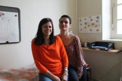 ©Emilie Lay Khalda Vescovacci (à g.) et Cécile Ménard assurent l'éducation thérapeutique et l'éducation à la santé