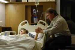 """Développement des soins palliatifs : """"1 lit de soins palliatifs pour 100 000 habitants d'ici 2018"""""""