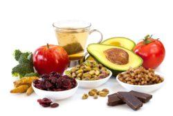 Ces aliments qui accentuent les effets indésirables ou diminuent l'efficacité d'un traitement