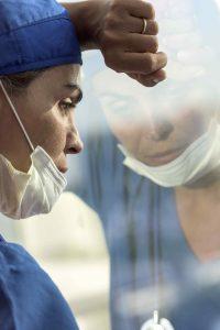 Infirmière, infirmier, erreurs : signaler, analyser et… prévenir les événements indésirables associés aux soins