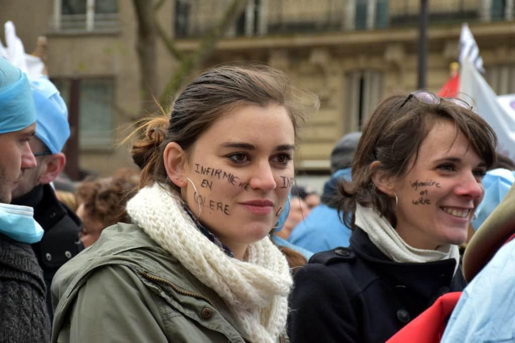 manifestation des infirmiers 8 novembre infirmière en colère