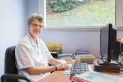 Véronique Le Boucher d'Hérouville, cadre de santé infirmier à l'hôpital des Diaconesses à Paris et infirmière experte judiciaire depuis 2008