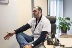 Marwan Ala, infirmier en psychiatrie dans un service d'hospitalisation de l'Etablissement public de santé mentale (EPSM) de l'agglomération lilloise