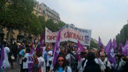 A Paris, les soignants étrennent leur première marée blanche