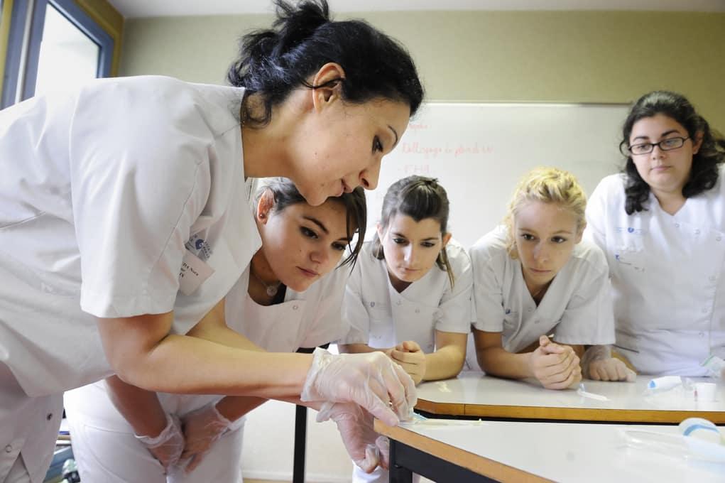 ifsi   le concours d u2019entr u00e9e aux  u00e9tudes en soins infirmiers supprim u00e9 d u00e8s 2019