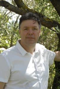 Dominique Jakovenko, infirmier libéral, suit un master 2 en éducation thérapeutique