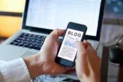 Vos blogs : Dans le couloir - pensées d'un aide-soignant