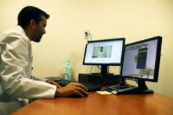 Dr Nabil Elbeki, chef du pôle Urgences, réanimation et anesthésie, Médecine polyvalente et Unité sanitaire en milieu pénitentiaire au centre hospitalier de Valenciennes