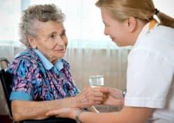 La présence d'une infirmière 24h/24 en Ehpad est liée à une probabilité plus faible de décéder à l'hôpital