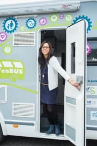 Dany Vixaysakd, infirmière, le Prev'enBUS apporte la prévention et l'éducation à la santé dans les déserts médicaux de la Gironde