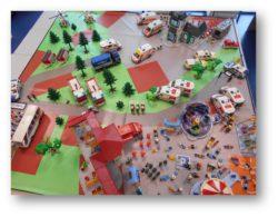 Des Playmobils pour former les professionnels de santé aux interventions d'urgence