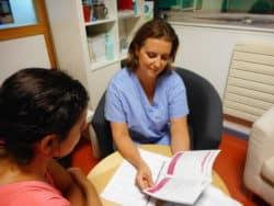 Sophie, infirmière de suivi dans le service d'hématologie adulte de l'hôpital Necker à Paris