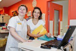 Valéria Milewski biographe hospitalière travaille en étroite collaboration avec les soignants du service