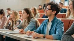 Les étudiants en soins infirmiers peuvent demander un aménagement de leurs études