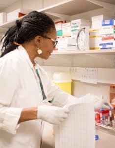 Infirmières de recherche clinique: maillon essentiel des avancées thérapeutiques