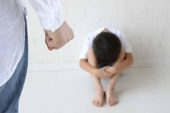 """Violence à l'encontre des enfants : la Covid-19 a des conséquences  """"dramatiques"""" dans le monde, alerte l'OMS - Actusoins actualité infirmière"""
