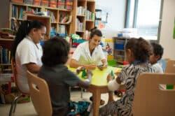 Le Médipôle en Nouvelle-Calédonie Les enfants hospitalisés bénéficient de cours à l'hôpital