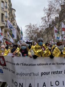 Les infirmiers de l'Education nationale sont inquiets pour leur avenir et le font savoir dans la rue