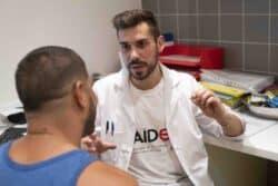 La médiation santé, née dans les années 70-80, s'est développée avec l'épidémie de VIH
