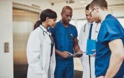 Protocoles de coopération aux urgences: un premier bilan positif pour les infirmiers